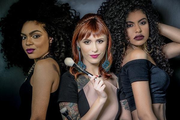 Curso de Maquiagem Online Profissional Juliana Rakoza